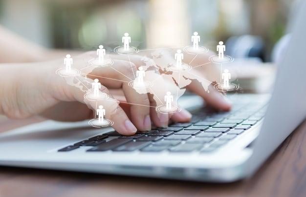 Afaceri pe social media